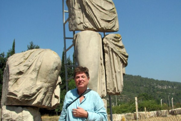 donald-yates-goddess-statue
